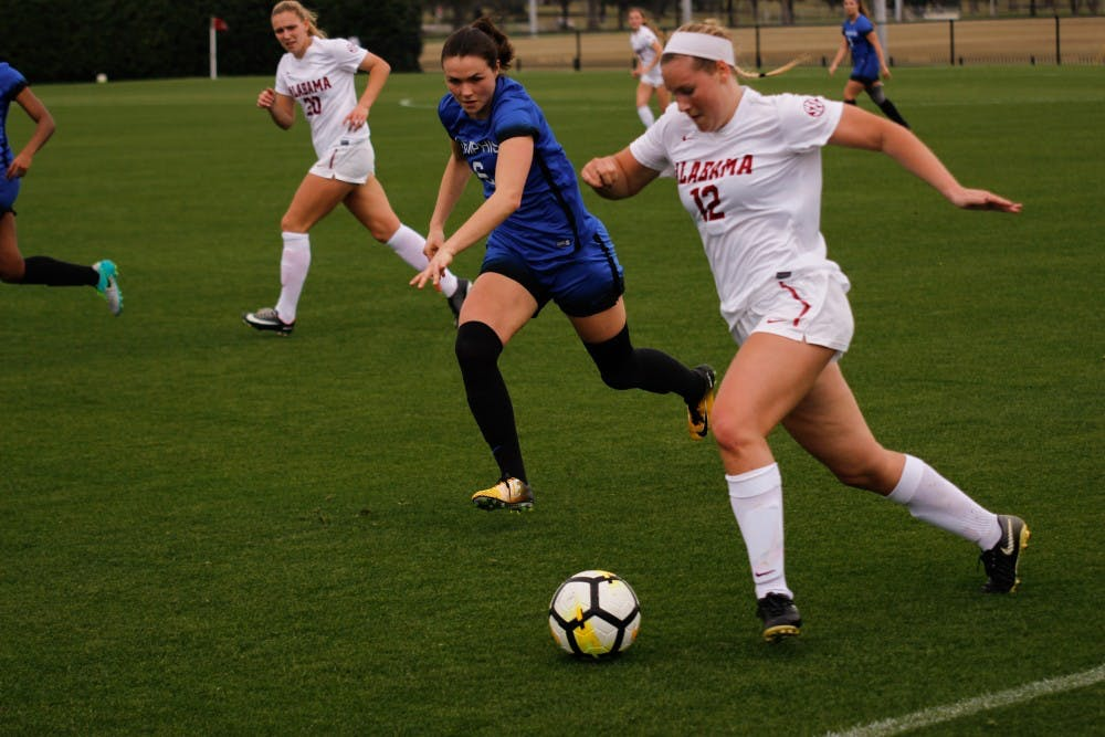 Wertz scores two to lead Alabama soccer in scrimmage win over Memphis