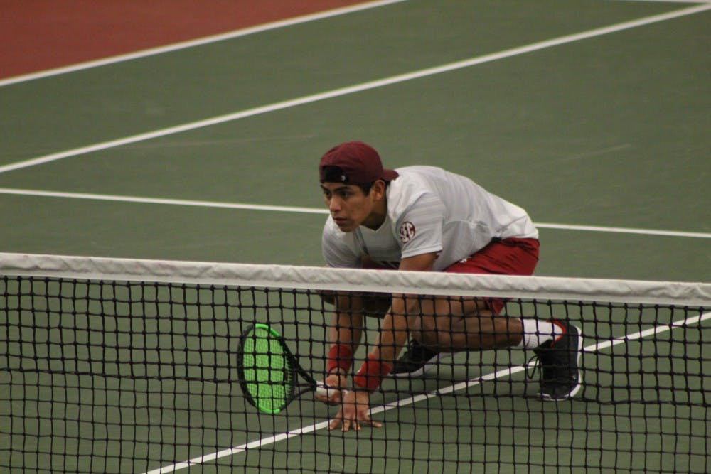 Alabama men's tennis keeps undefeated season alive with win over Pepperdine