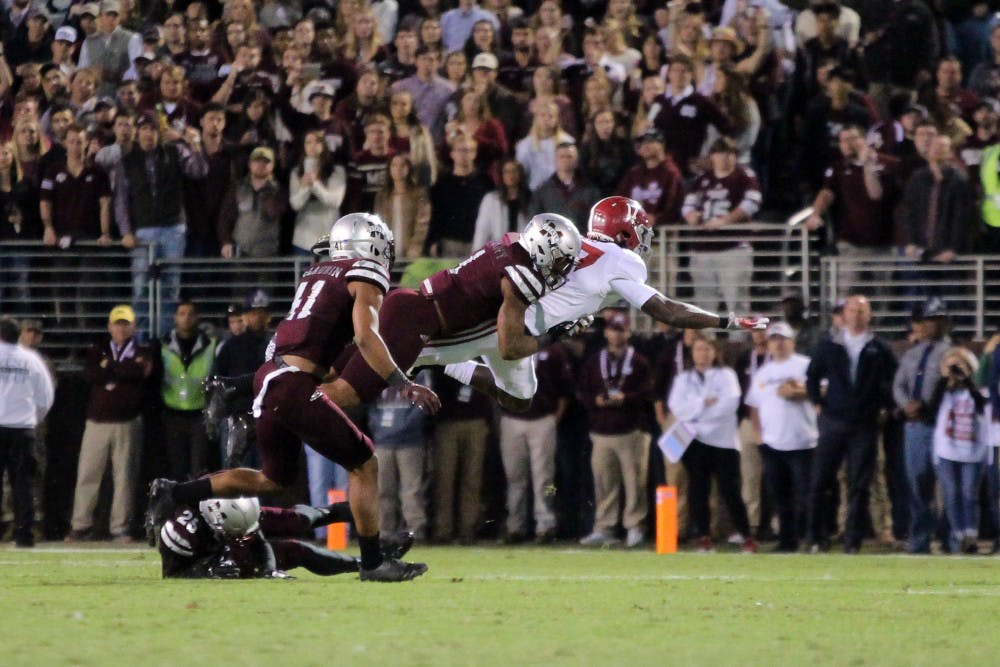 Rolling with the Tide: Alabama overcomes scare from Mississippi State