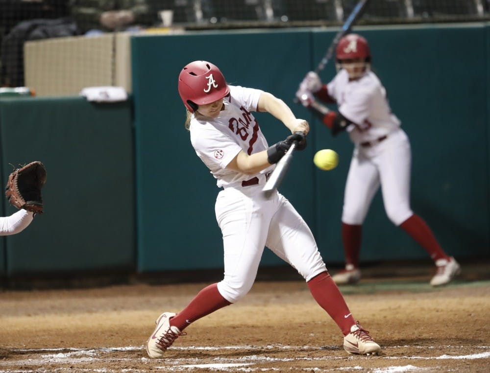 Alabama sweeps doubleheader, Patrick Murphy reaches 1,000 wins