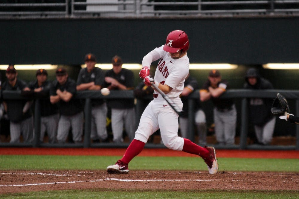 Joe Breaux's single walks off Alabama over Valparaiso