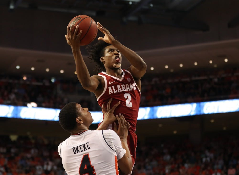 Alabama basketball dominated on the road against Auburn