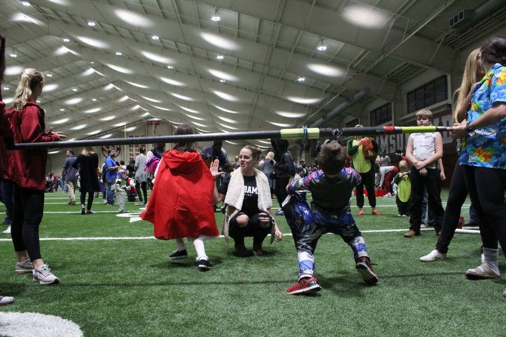 Student-athlete Halloween party welcomes Tuscaloosa community