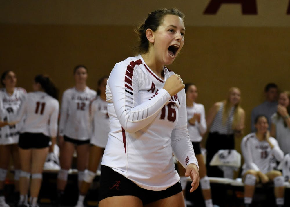 Alabama takes down South Carolina in five sets
