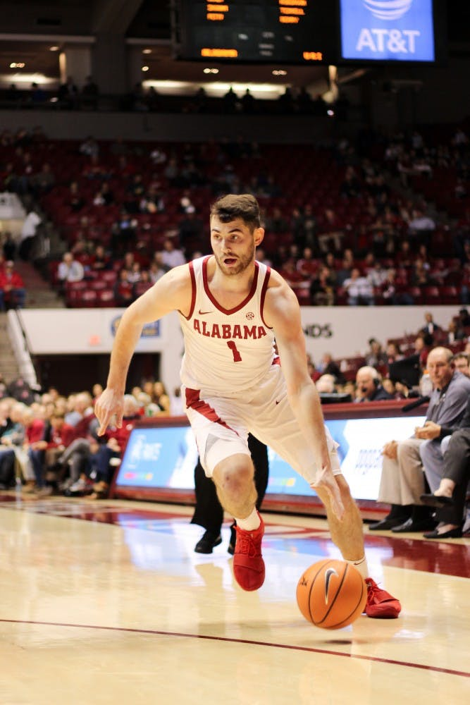 Riley Norris fills leadership role despite being out with season-ending hip injury