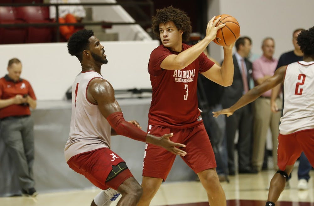 Alabama takes on Canada in basketball