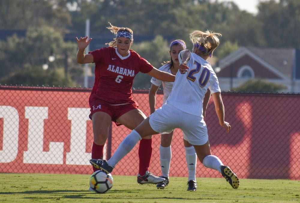 Soccer adopts intense play style on offense