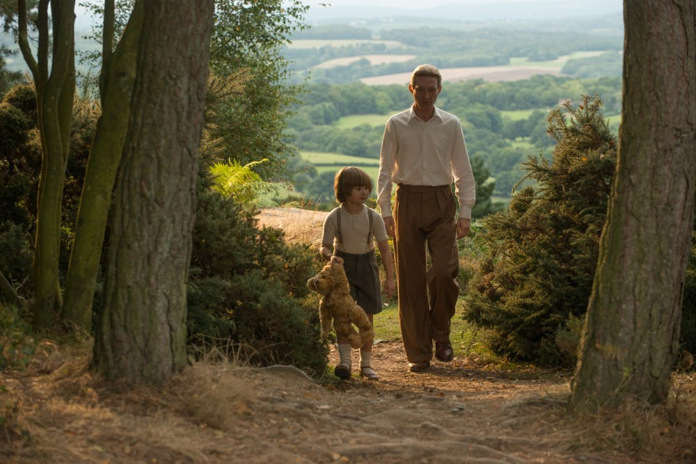 goodbye-christopher-robin-epk-065_UAAM_03814_rgb
