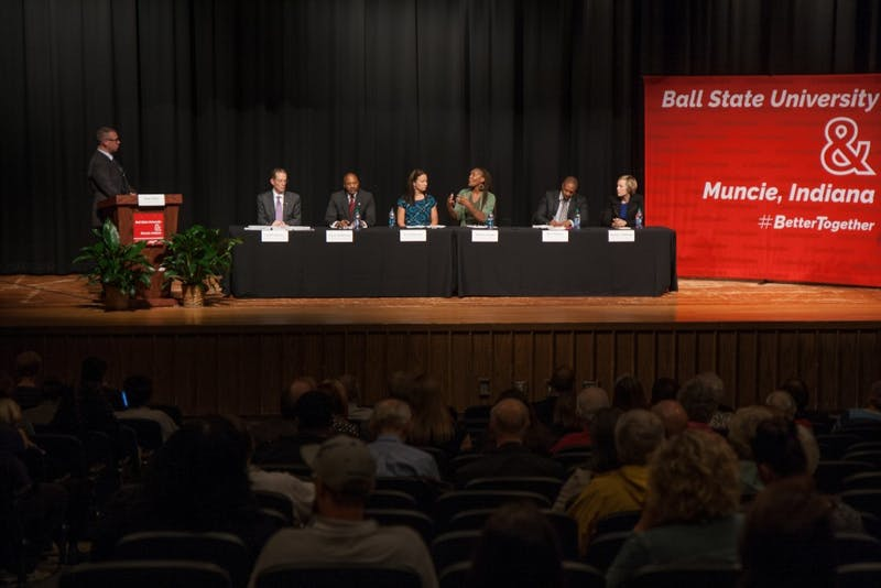 Mearns talks education, Muncie at first public forum