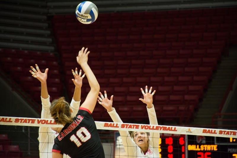 A full team effort gives women's volleyball a win over Idaho State