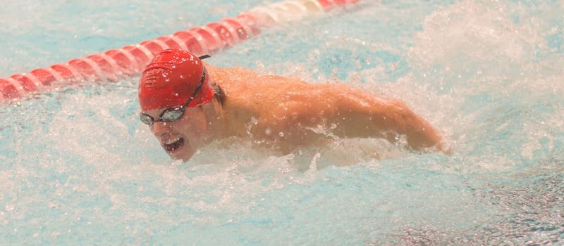 Men's swimming and diving travels to Eastern Michigan after two week break