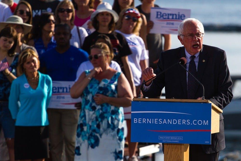 1599px-Sanders_presidential_campaign_kickoff,_May_2015_Bernie_Sanders_(24317249194)