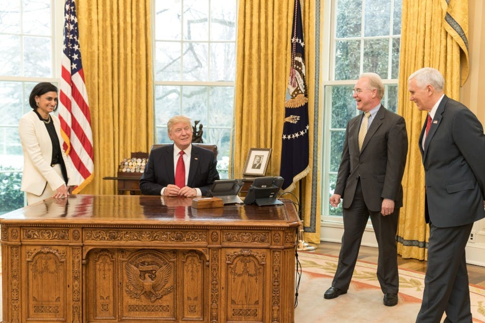 Seema_Verma,_Donald_Trump,_Tom_Price_and_Mike_Pence_in_the_Oval_Office,_March_2017