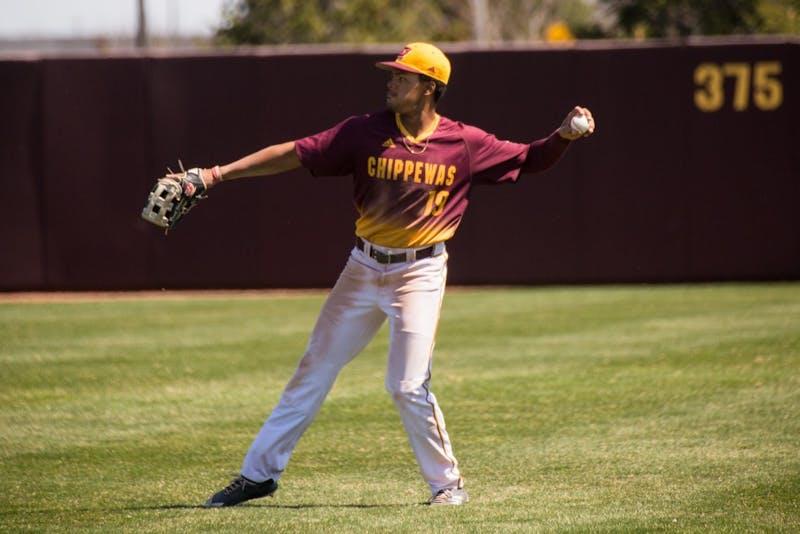Baseball-4.jpg