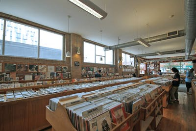 Dusty_Groove_Store_Interior.jpg