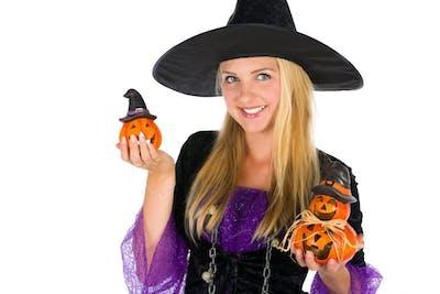 halloween-witch-woman-1473403125ytu.jpg