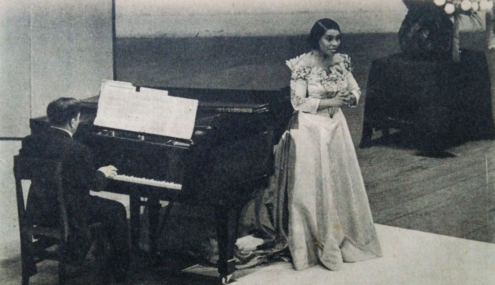 Marian_Anderson_in_Japan