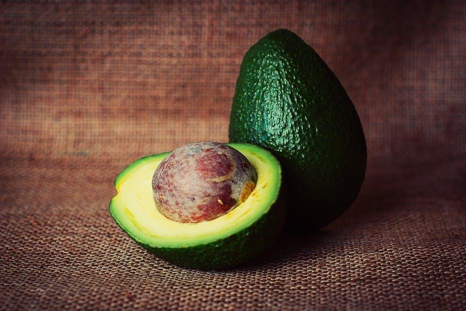 avocado-933060_960_720