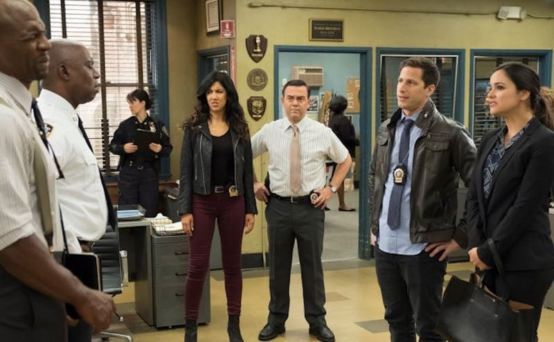 'Brooklyn Nine-Nine' has set itself apart from other sitcoms, but the show has difficulty finding humor in the material of its season five premiere.