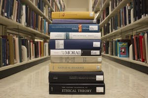 Variety of philosophy textbooks available in the Davis Library.