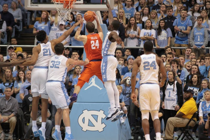 No. 15 UNC men's basketball beats No. 20 Clemson 87-79