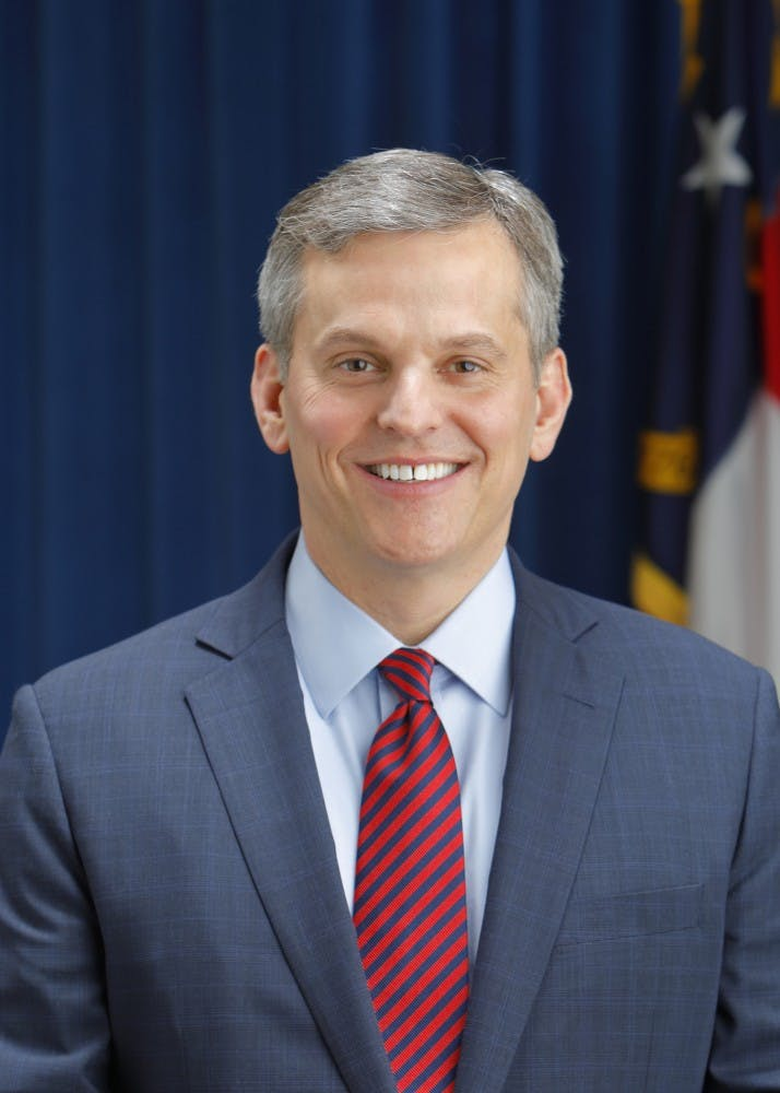 NC attorney general hosts first collegiate council meeting to combat college opioid crisis