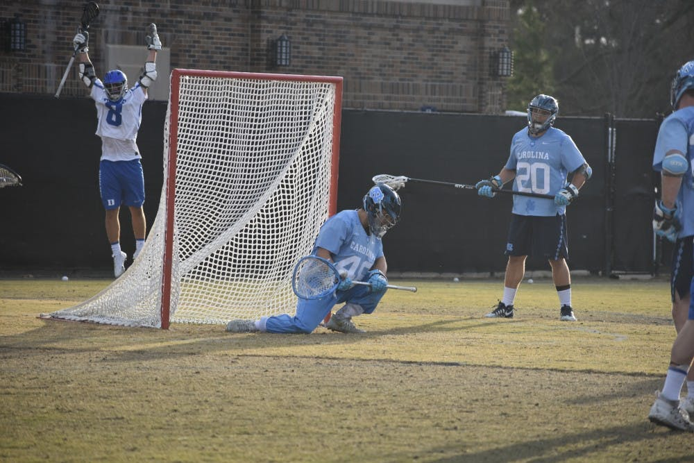 Men's lacrosse continues slump, loses sixth straight against Virginia, 15-12
