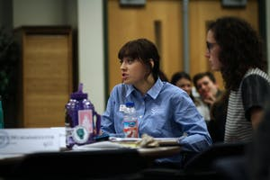 GVL / Sheila BabbittStudents discuss topics in their small groups at the Student Senate meeting on January 11th, 2017.