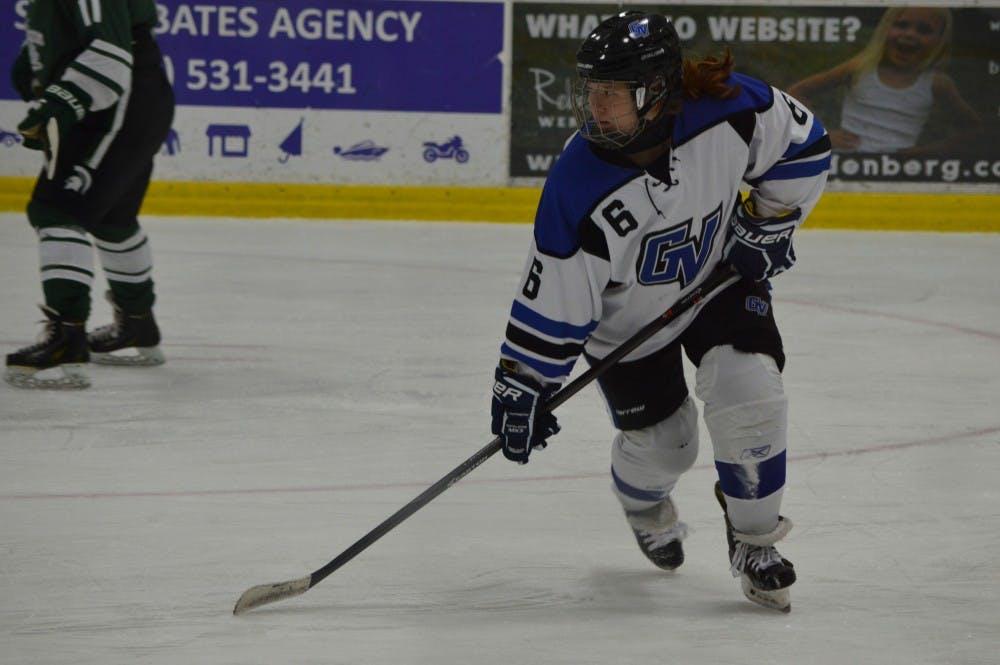 Womans Hockey 18