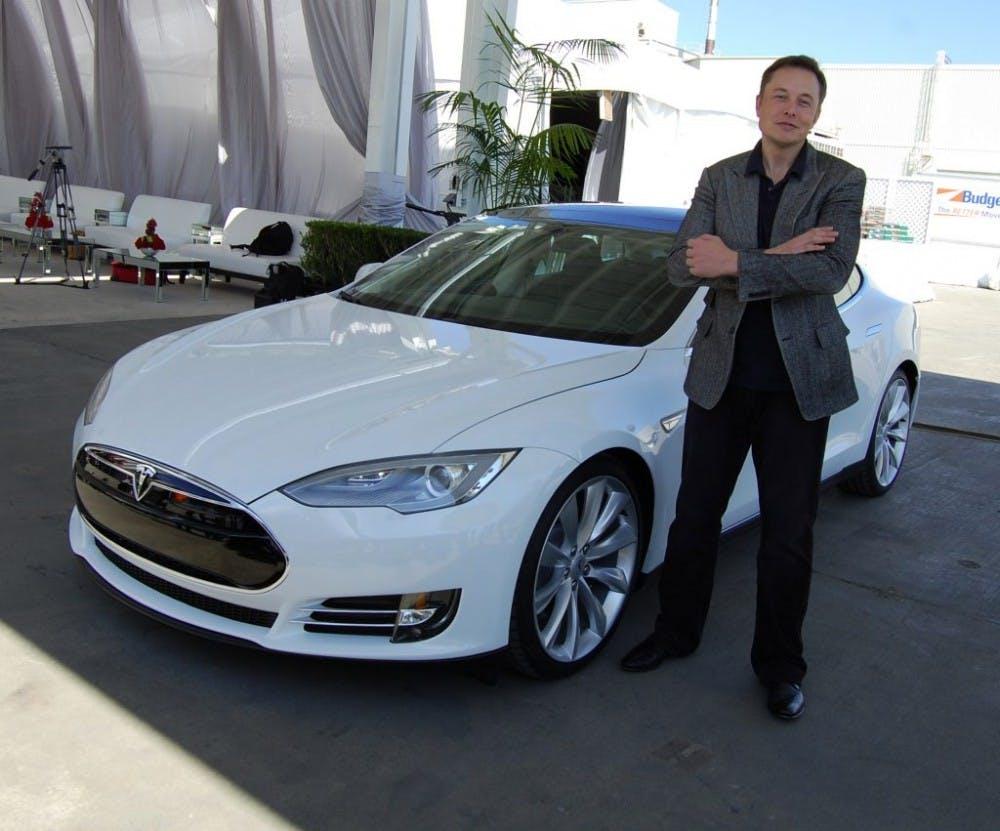 B9_Tesla-1024x851