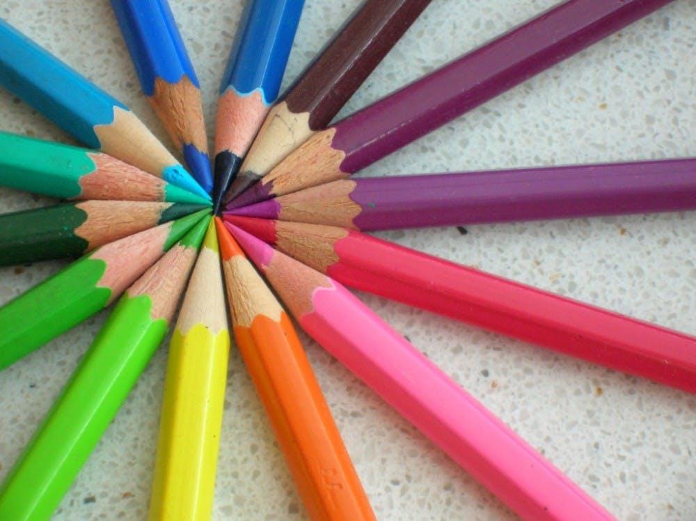 B8_Colored-pencils-1024x766