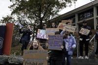 RALLY: Students rallied for divestment and marched from Rabb Steps to the administration buildings on Wednesday afternoon.