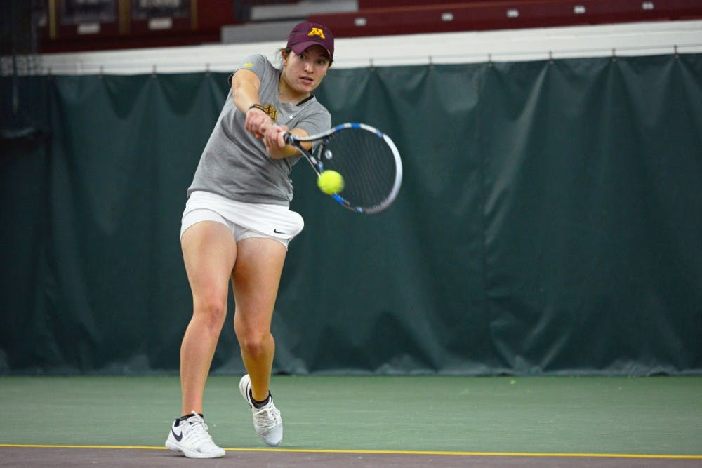 The Gophers drop two matches to top 15 teams in Illinois