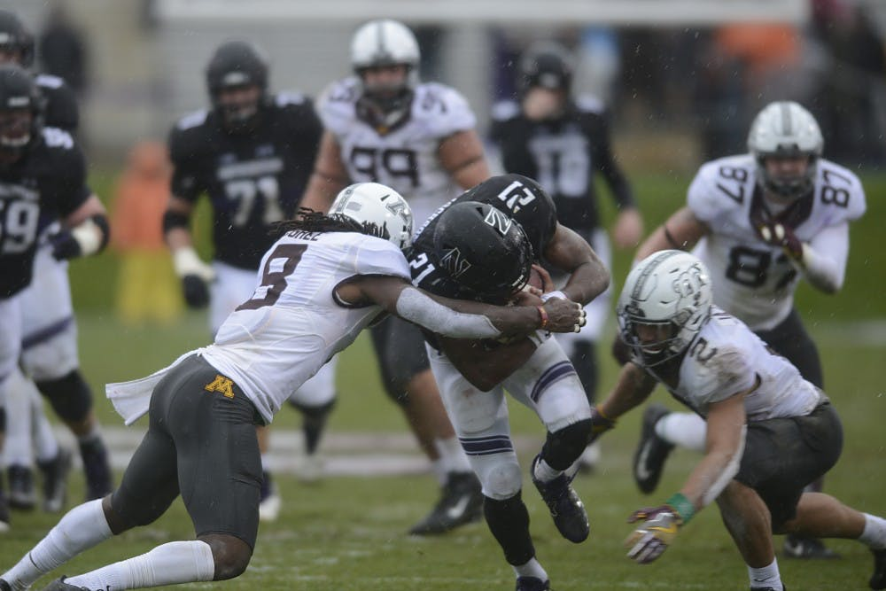 Thorson, Jackson lead Northwestern to 39-0 rout Minnesota