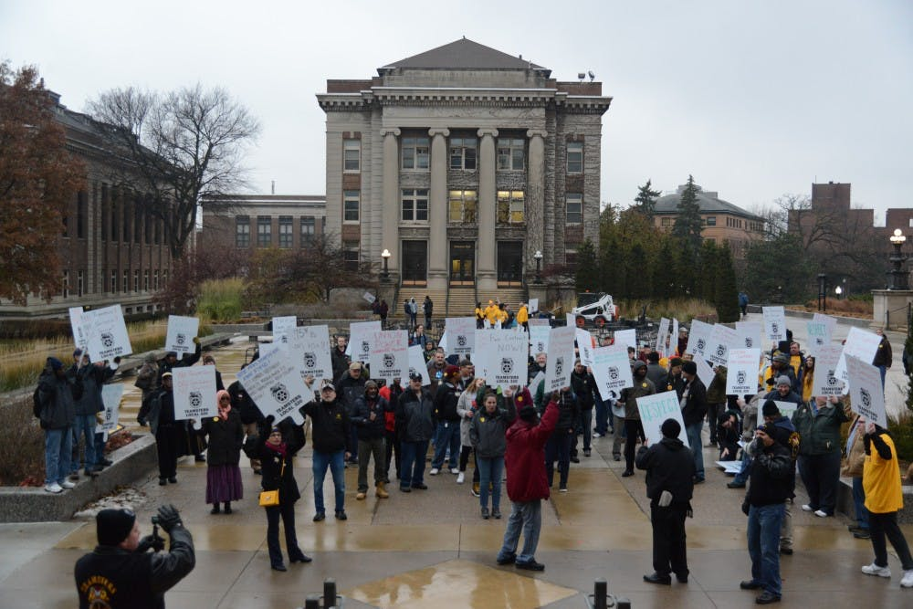 UMN and service workers reach contract agreement, avoid possible strike