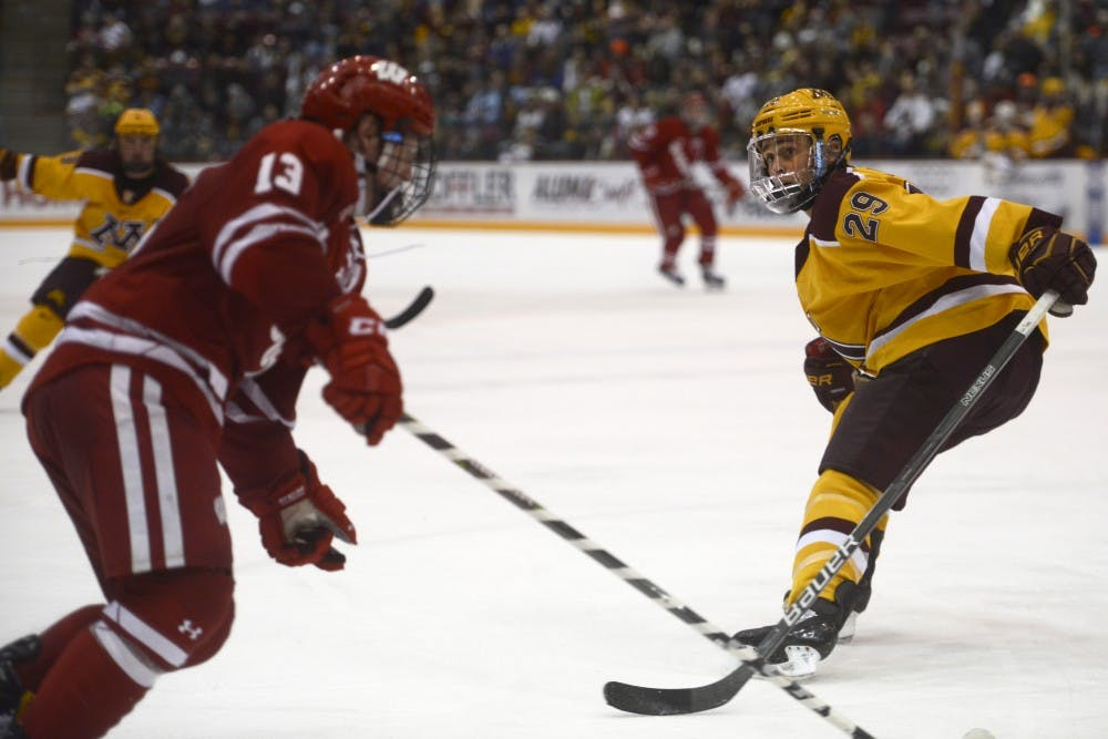 Gophers complete weekend sweep of Badgers