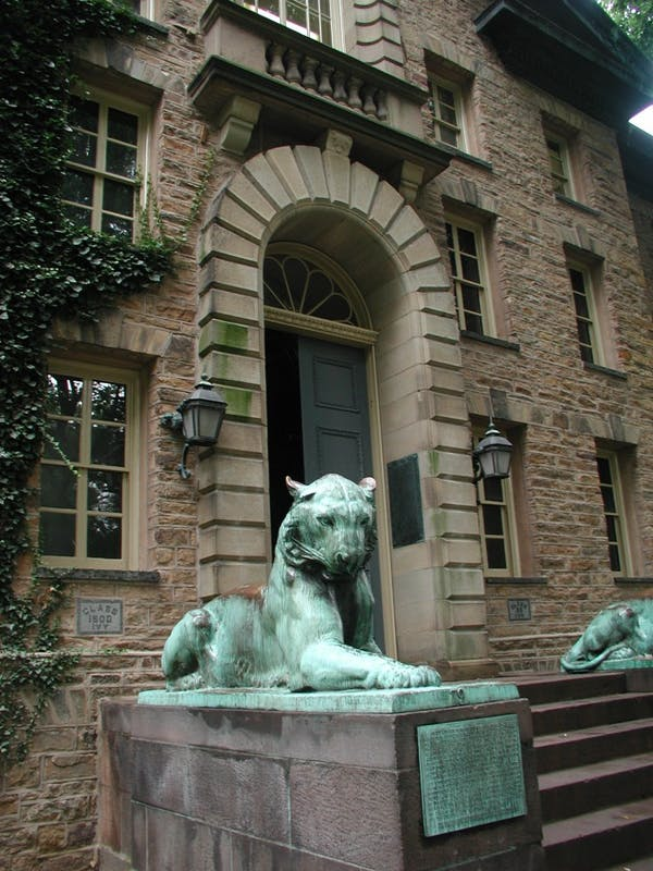 Tiger in front of Nassau Hall