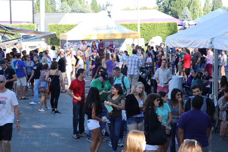Students and parents enjoyed a Bite on The Bluff during freshman orientation. This year's Cook-Off to Kickoff will take place on Saturday at 5 p.m. in the Chiles Mezzanine.