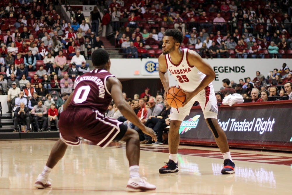 Alabama holds off Mississippi State's late comeback