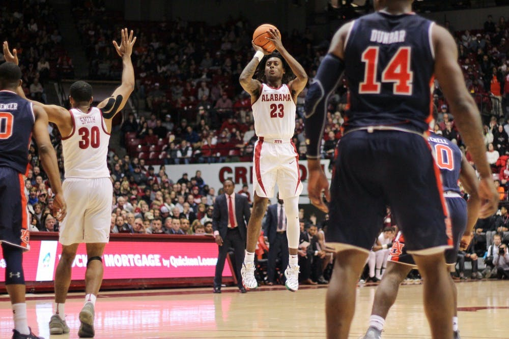 John Petty's big scoring night pushes Alabama past Auburn