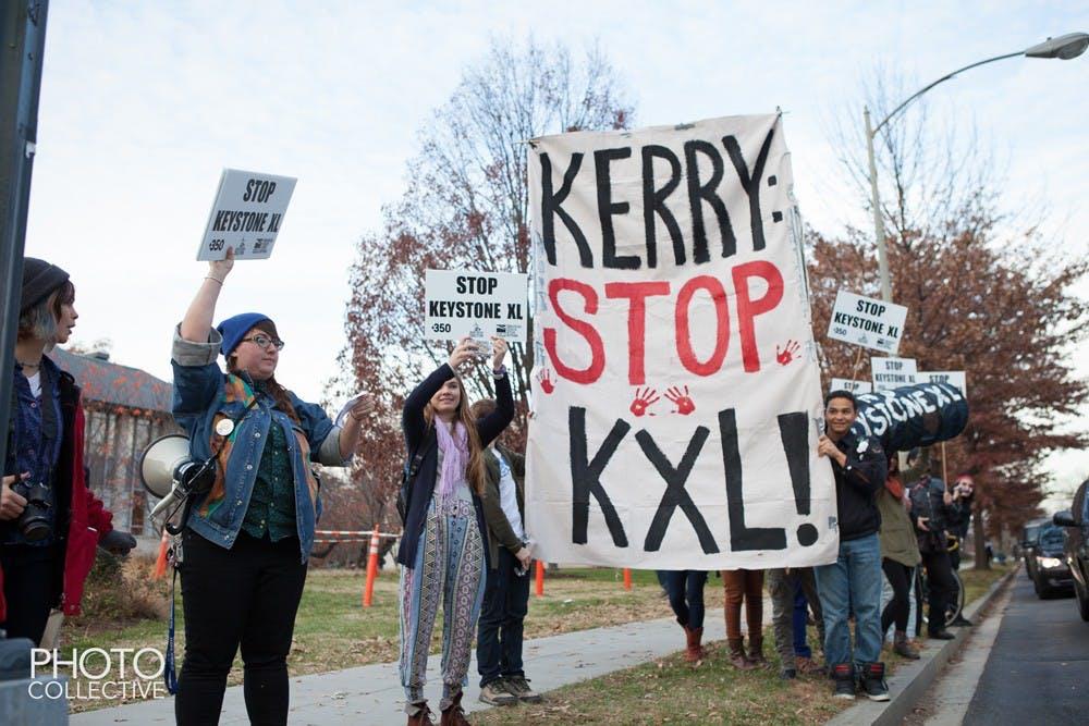 Protesters urge John Kerry to address Keystone Pipeline