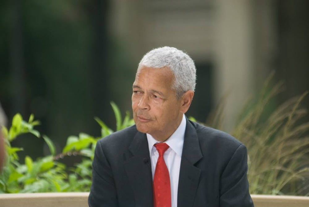 Honors program replaces Julian Bond's class