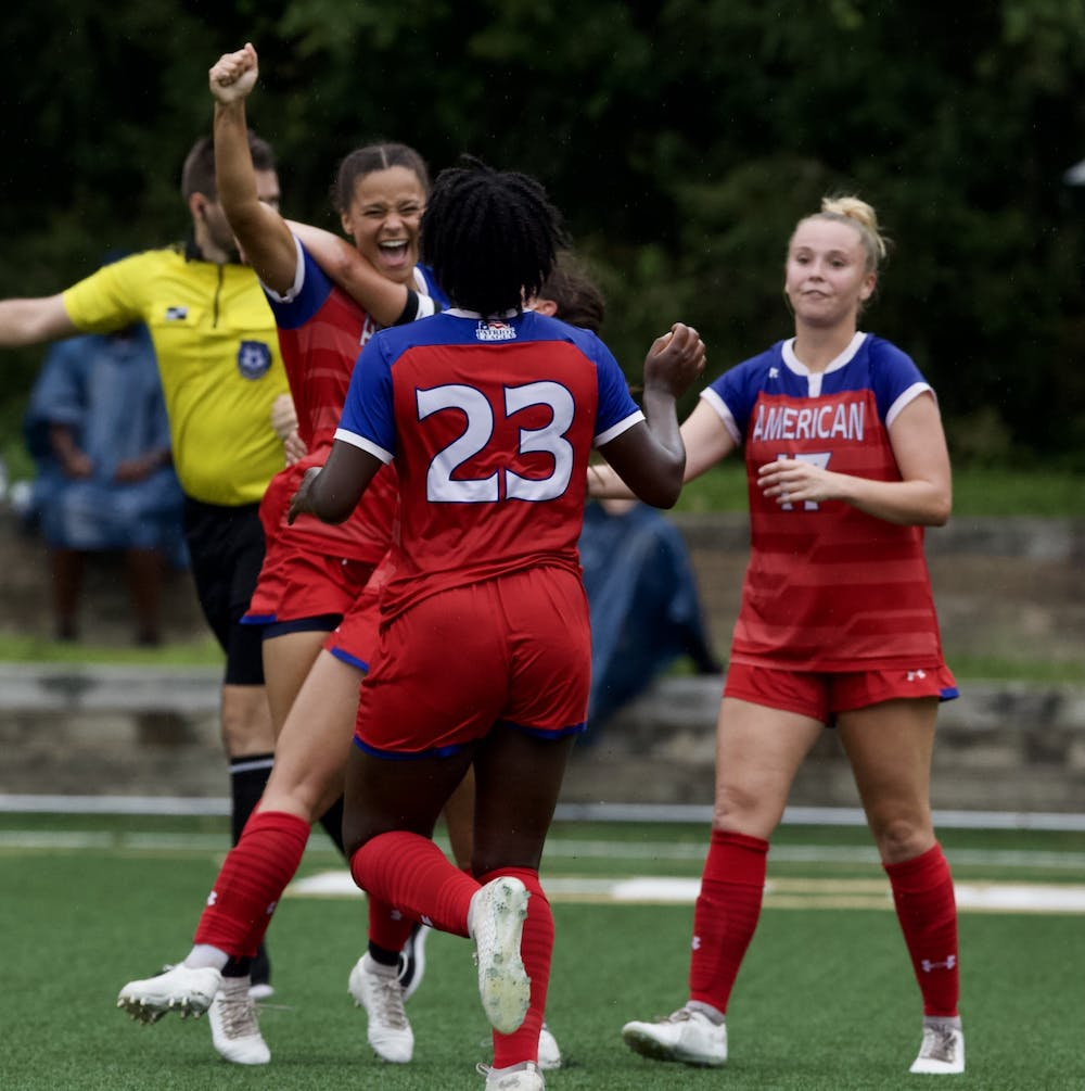 Holy Cross' late equalizer forced women's soccer to a 1-1 draw