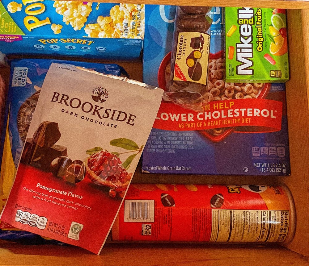 The best snacks to keep in your dorm