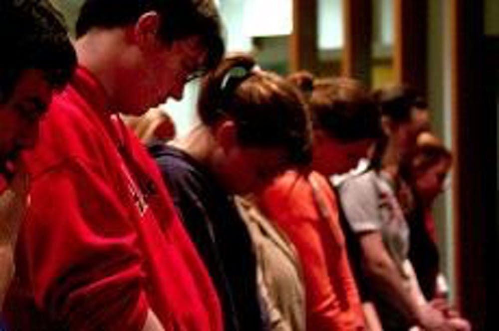 Students mourn Virginia Tech victims