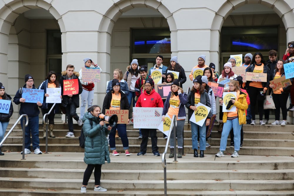 Students rally in support of Dreamers