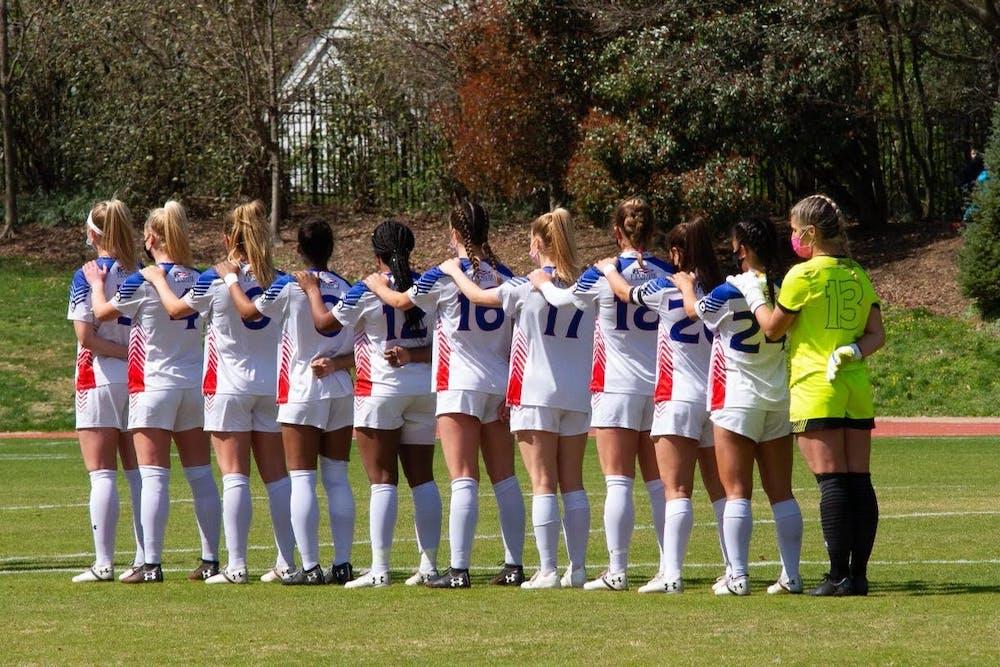 Women's soccer falls short in 1-0 game against Loyola