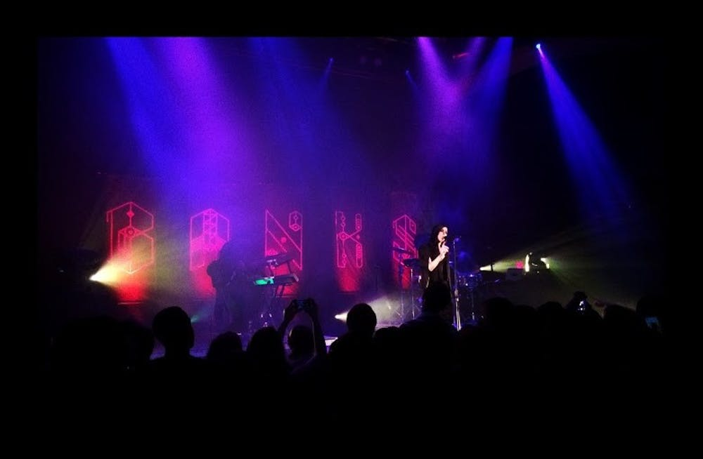 BANKS delivers vulnerable fashion, powerful vocals at 9:30 Club