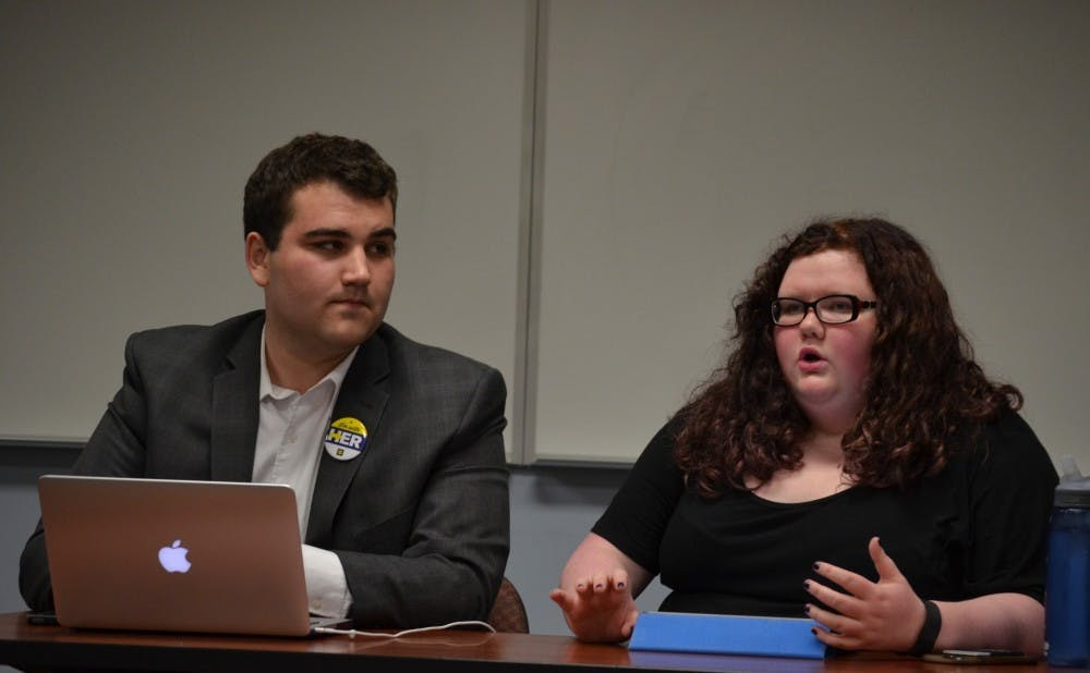 AU College Democrats hosts Sanders vs. Clinton debate