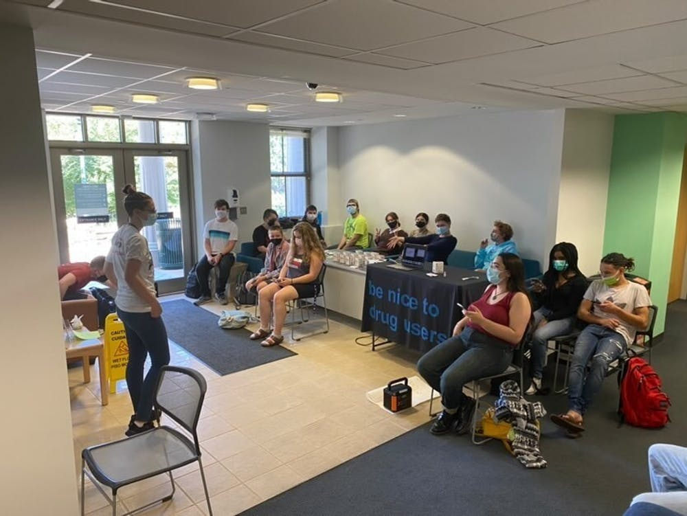 Mutual aid organization holds Narcan training on campus with focus on harm reduction strategies